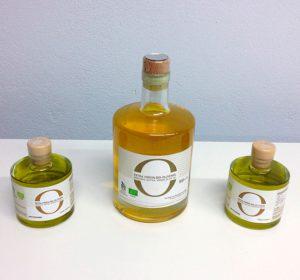 <span>O Olive Oil</span><i>→</i>